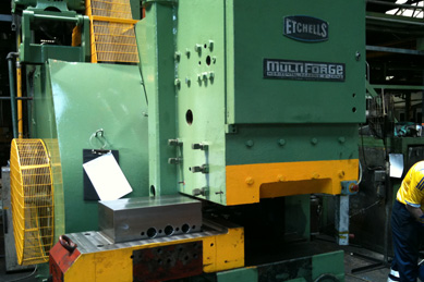 automated upset forging of shear studs